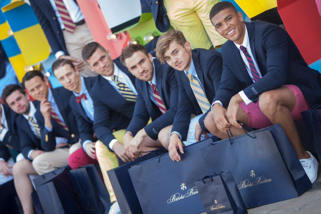 fashion style closer at online retailer BROOKS BROTHERS / AMERICAN INDEPENDENCE DAY EVENT ...