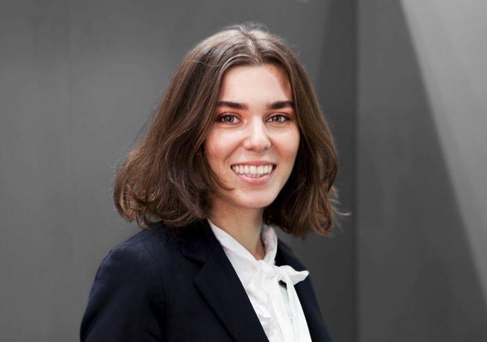 Darja Paris Promotion Staff