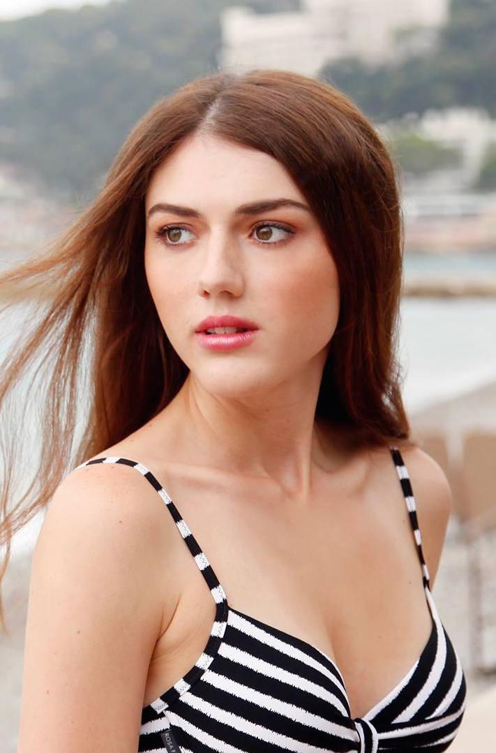 Doriana Promotion Staff Cannes