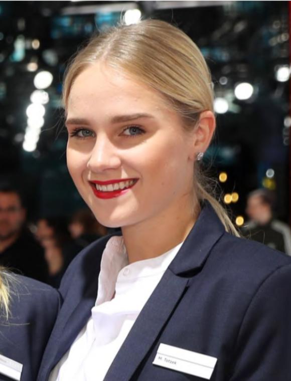 Marie Frankfurt Promo Staff