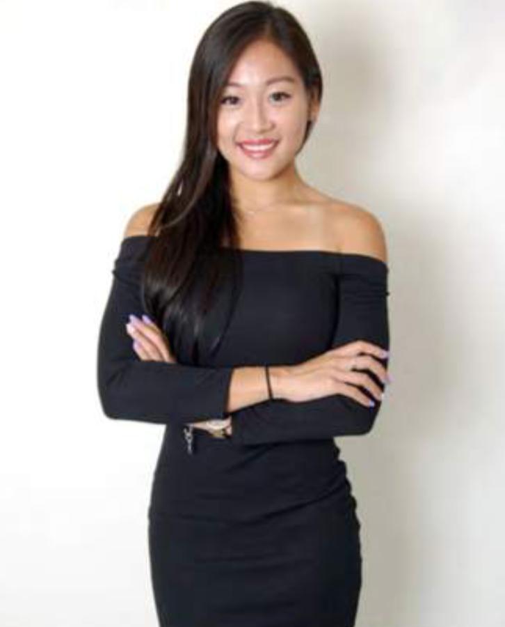 Alvina Hong Kong Promotional Staff