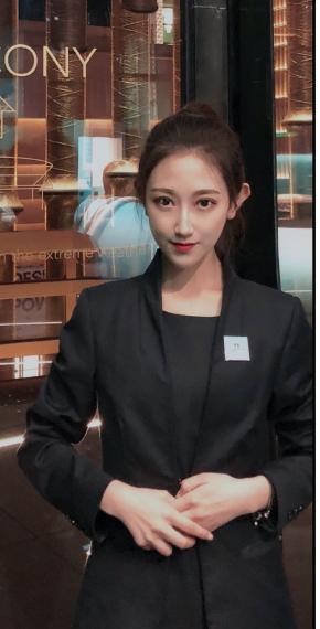 Anna B Shanghai Event Staff