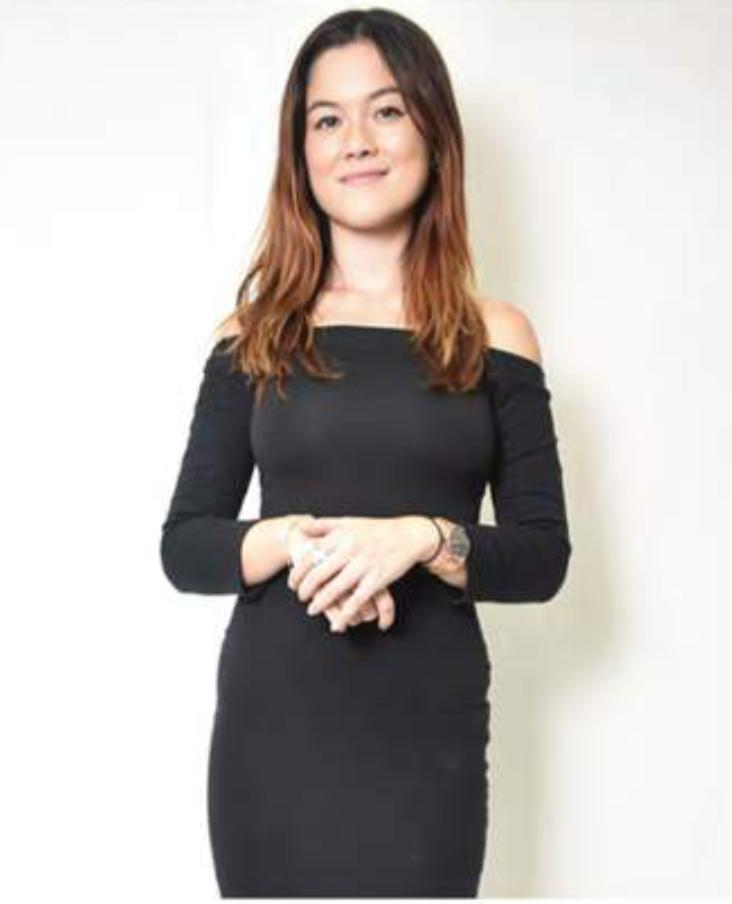Faye Hong Kong Promotional Staff
