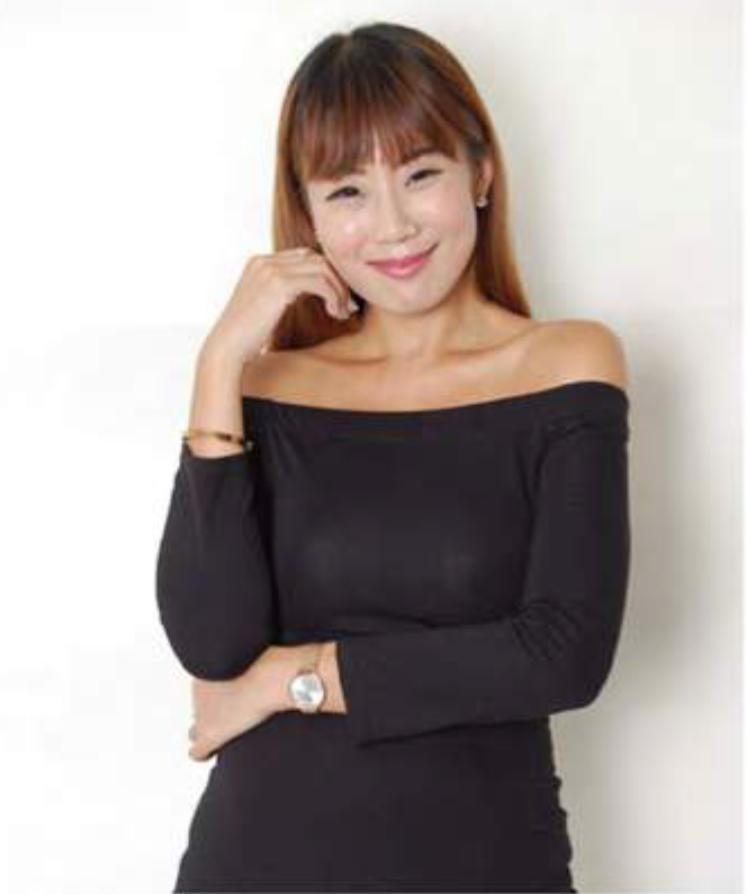 Lindzee Hong Kong Promotional Staff