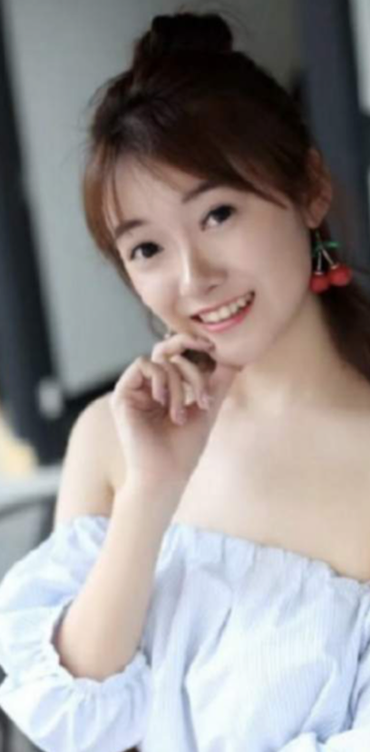 Shen Lin Shanghai Promotion Staff