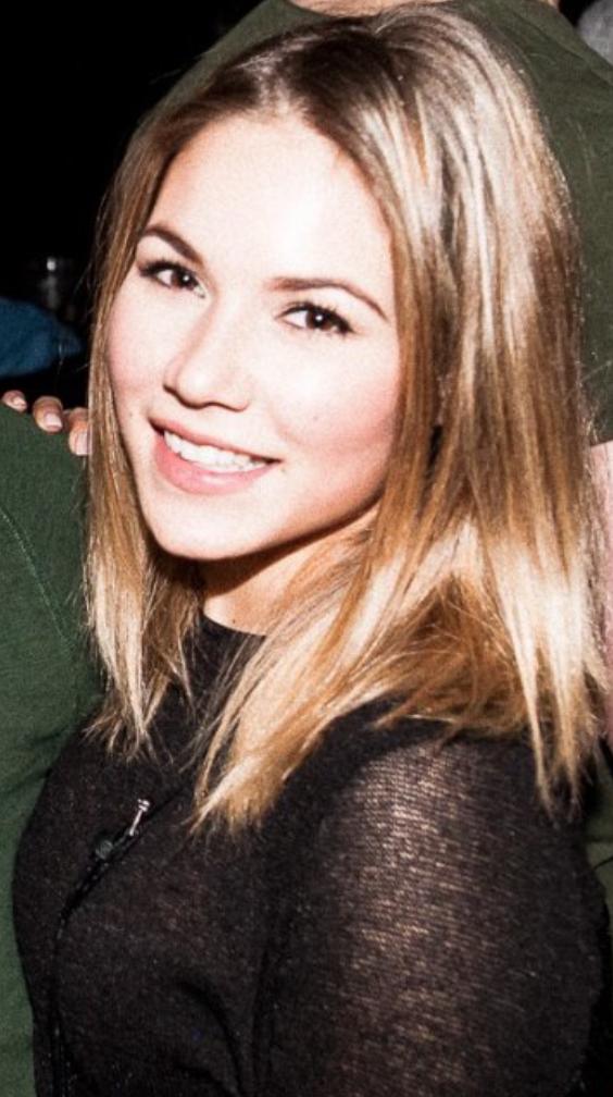 Alina Cologne Promo Staff