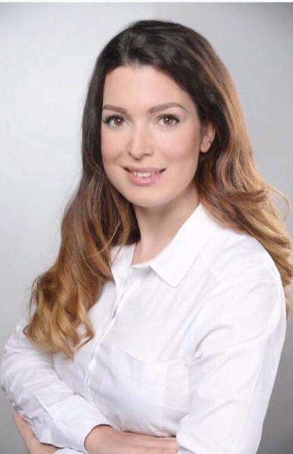 Jenny A Cologne Promotion Staff