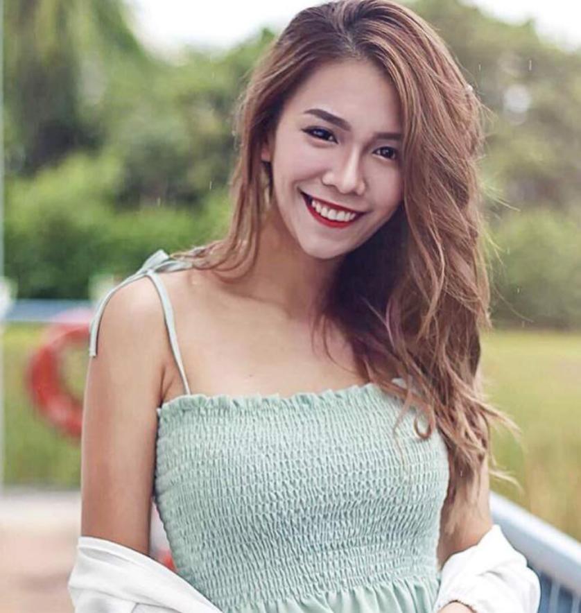 Jessica Singapore Promotion Staff