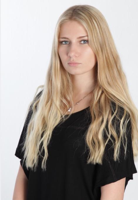 Maria Cologne Promo Staff